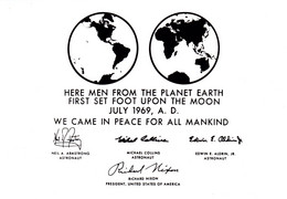 Postcard - The Night Sky - Left Behind On The Moon By Nasa Astronauts - Unused New - Postcards