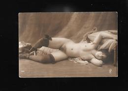 CARTE D UNE FEMME NUE... - Nus Adultes (< 1960)