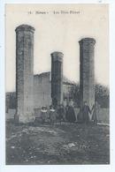 Cpa -   Dpt  -  Gard - - Nimes -  - Les Trois Piliers     - - Animation (  Selection  )  Rare -1910 - Nîmes