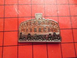 313J Pin's Pins / Beau Et Rare / THEME VILLES : LES ARENES DE ARLES - Cities