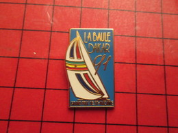 410b Pin's Pins / Beau Et Rare / THEME SPORTS : VOILE COURSE OCEANIQUE LA BAULE DAKAR 91 GD PRIX DE ST NAZAIRE - Sailing, Yachting