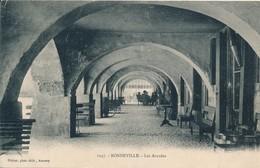 CPA - France - (74) Haute Savoie - Bonneville - Les Arcades - Bonneville