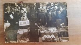 CARTE PHOTO MARCHE HALLES CENTRALE - PARIS 1908 - SOUVENIR DES MARAICHERS - VENTE LEGUMES GROS PLAN - Arrondissement: 01