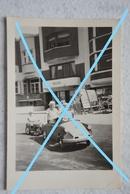 Photo KOKSIJDE Cuistax Citroën Residentie Guiguitte Winkel Kust 1959 - Lieux