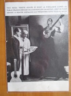 1937  Tino ROSSI Avec Son Peintre Jacques Weismann  - Coupure De Presse Originale (encart Photo) - Documents Historiques