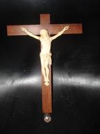 MAGNIFIQUE CHRIST EN IVOIRE DE DIEPPE EPOQUE 1900 - Religion &  Esoterik