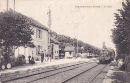 CPA 10 @ MARNAY SUR SEINE - La Halte Gare Et Train - Cachet Lieu De Destination Envahi (Ardennes) Retour à L'envoyeur ! - France