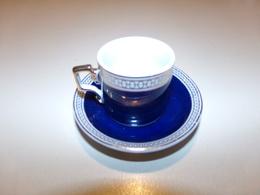 """Miniature  Tasse Et Sa Soucoupe Bleue Marine Décor Or Et Blanc """" Décoration Artiste """" - Unclassified"""