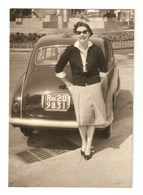 FO--00061-- FOTO ORIGINALE -CAR-AUTO-LANCIA APPIA 1 SERIE CON SIGNORA- TARGATA ROMA - Automobili