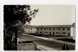 LE BOUSCAT - 33 - Gironde - Cité D'Aiguevive - France