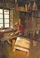 Métier Vieux Métiers De Montagne La Vie Au Village LE TONNELIER (vin Wine) (artisanat)(artisan)*PRIX FIXE - Artisanat