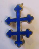 Insigne Militaire (?) - Croix De Lorraine En Métal Doré Et émail Bleu - Insignes & Rubans