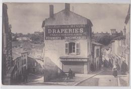 BRIEY (Meurthe-et-Moselle) - Carte-photo Grande Guerre - Coiffeur - Draperies - Briey