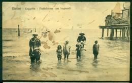 CARTOLINA - RIMINI - CV1925 RIMINI (RN) Loggetta - Piattaforma Con Bagnanti, FP, Viaggiata 1908, Bella Animazione, - Rimini