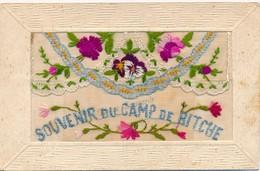 I36 - Fantaisie - Souvenir Du Camp De Bitche - Fleurs - Carte Brodée - Brodées