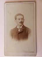 215 - C. De V. 19ème S - Portait Homme Moustache - Chemise Col Haut - Nœud Pap. - Photos