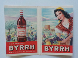1952 Calendrier Pub Byrrh Vin Au Quiquina Femme Chapeau Jaune Portant Panier Osier Avec Raisins - Calendriers