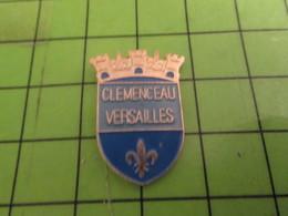 SP18 Pin's Pins / Beau Et Rare / THEME VILLES : CLEMENCEAU VERSAILLES BLAOSN ECUSSON ARMOIRIES - Cities
