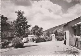 DAV :   Alpes De Haute Provence : Gorges  Du  Verdon ,Restaurant  Des  Cavaliers  (  Voiture  Traction -  Bus ) - France