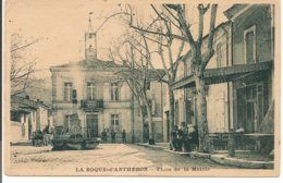 L200A_41 - La Roque-d'Anthéron - Place De La Mairie - France