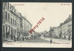 Bastogne. Rue Du Sablon, Rue Du Vivier. Chez Scumacher. Très Animée, Fontaine... 2 Scans - Bastogne