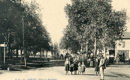 64  GARLIN PLACE DU MARCADIEU ANIMEE - Autres Communes