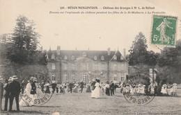 Rare Cpa  Hénon-moncontour  Le Château Des Granges Danses Pendant Les Fêtes De La St Mathurin à La Pentecôte - France