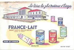 BUVARD  Ville, Marque  FRANCE - LAIT à  ST  MATIN  BELLE  ROCHE  ( 71 ) En  L'état - Buvards, Protège-cahiers Illustrés