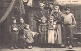 29 1532 Une Famille De Pêcheur Sardinier De DOUARNENEZ - France