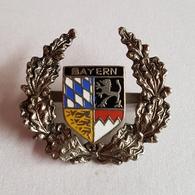 OLD COAT OF ARMS CITIES BAYERN GERMANY PIN BADGE - Villes