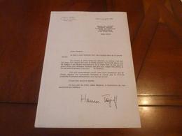 HAROUN TAZIEFF LETTRE TAPUSCRITE SIGNEE  KYRA BODART DIPLOMATIE  30 JANVIER 1992 - Autographs