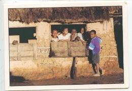Madagascar - Fianarantsoa ( Pierrrot Men Photographe (portrait Enfant Case) - Madagascar