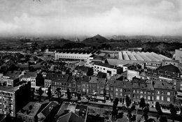 (87)   CPSM  Charleroi  Palais Des Expositions  (Bon Etat ) - Charleroi