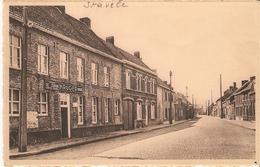 """Stavele : Krombekestraat Met Café """" De Zwaan """" -- Kruger Bieren ( Reclamebord) - Alveringem"""