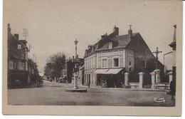 PONT L EVEQUE (14130) Place Du Calvaire - Rue Launay - Pont-l'Evèque