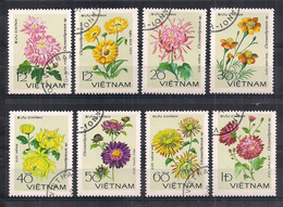 VIETNAM   1978   CRISANTEMI    YVERT  138-145    USATA    VF - Vietnam