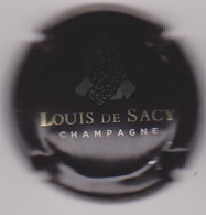 Capsule Champagne Louis De SACY ( 10 , Noir Et Or ) {S04-19} . - Champagne
