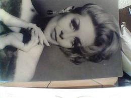 2  FOTO MODELLE TAGLIO CAPELLI 1960 Formato  19 X 15HA7401 - Mestieri
