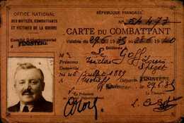 CARTE DE COMBATTANT AVEC PHOTO ETC.. - Cartes