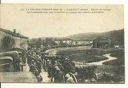 55 - RAMPONT / ENTREE DU VILLAGE - LES FANTASSINS VONT AUX TRANCHEES - France