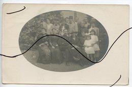 CARTE PHOTO . CPA . D68. Wesserling . Photo De Groupe De Personnes . Militaire Soldat. Octobre 1918 - Photographs