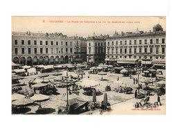 Toulouse. La Place Du Capitole à La Fin Du Marché En Plein Vent. (3201) - Toulouse