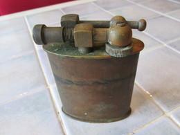 Grand Briquet Ancien A Essence - Briquets
