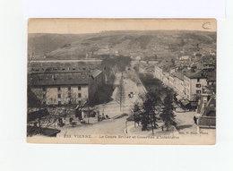 Vienne. Le Cours Briller Et Casernes D'infanteries. CAD Gare De Vienne 1910. (3206) - Vienne