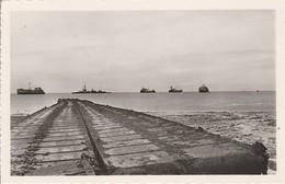 Militaria : COURSEULLES-sur-MER : Calvados : Juno-beach : Guerre 1939-45 Ponton De Débarquement ( CPSM Photo. Vérit. ) - Weltkrieg 1939-45