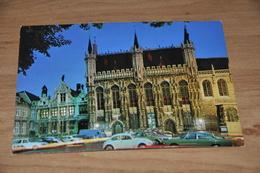 7425- BRUGGE, STADHUIS /  AUTO'S - Brugge