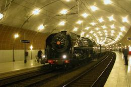 Monaco (Principauté) 3 Avril 2005 - La 141 R 1126 En Gare De Monaco - Trains