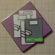 PAPETERIE  CAHIER  CHEMISE CLASSEUR En Version EGF - Badges