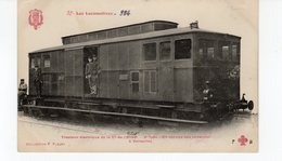 LES LOCOMOTIVES  (Etat) Tracteur électrique N°5010 2e Type En Service Des Invalides à Versailles - Treni