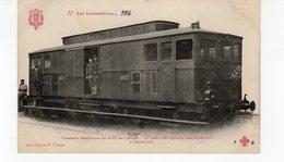 LES LOCOMOTIVES  (Etat) Tracteur électrique N°5010 2e Type En Service Des Invalides à Versailles - Trains